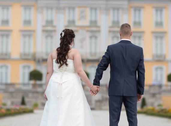 Schloss in Köln Brühl Checkliste für die perfekte Brautjungfer
